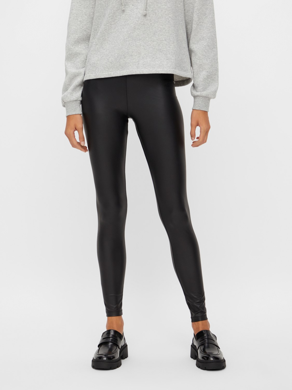 Pieces Leggings Shiny in Lederoptik